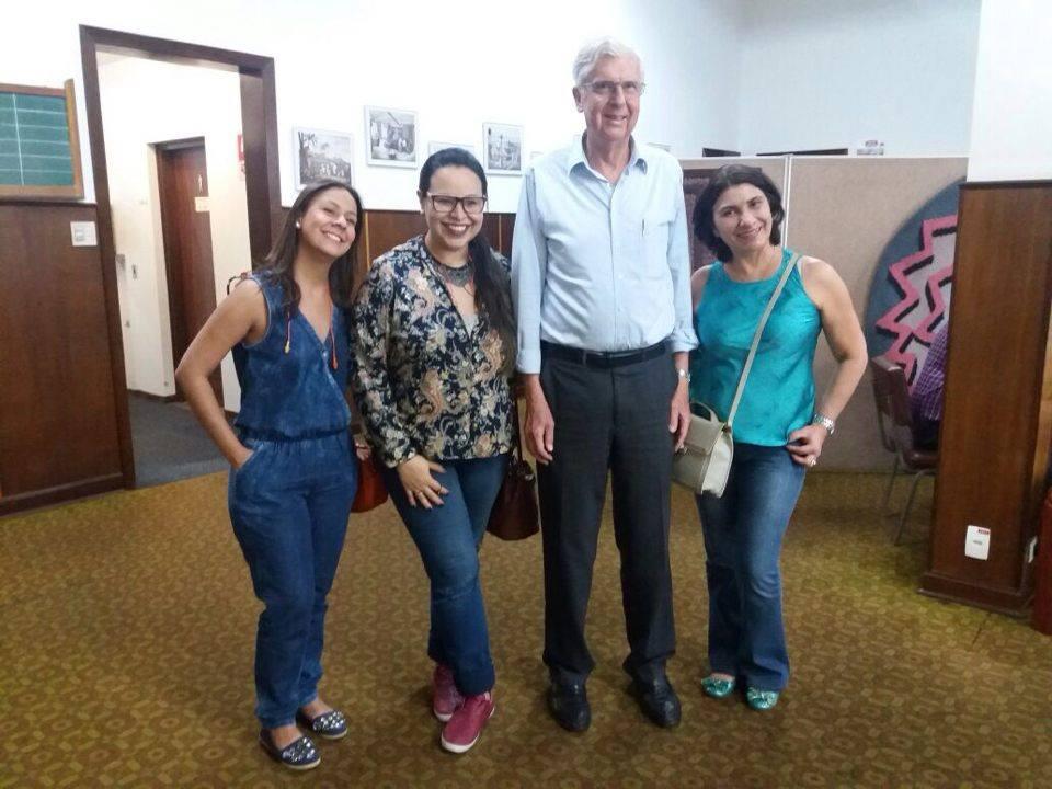 Nós e o Presidente da Tapete São Carlos.